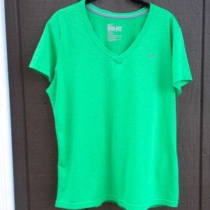 Nike Green V Neck Short Sleeve T, XL
